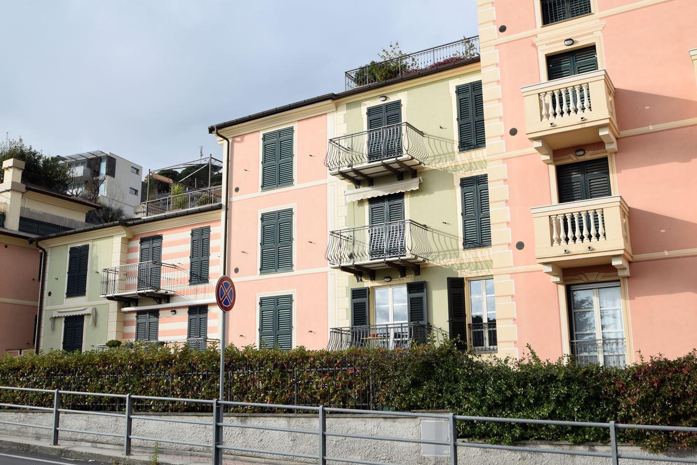 Casa vacanza in affitto spotorno 250 metri mare a partire for Piani di costruzione del negozio con alloggi